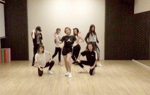ダンススタジオクラウン